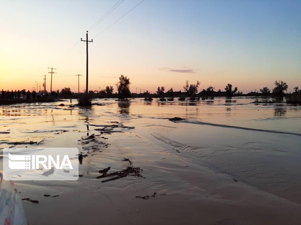 خبرنگاران فرماندار کرمان : سیل 18میلیارد تومان به بخش کشاورزی شهداد خسارت زد