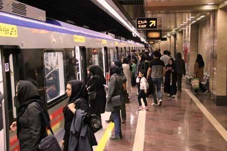 خطر شکست فاصله گذاری اجتماعی در مترو و اتوبوس