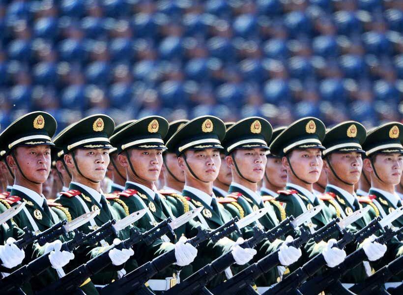 خبرنگاران ارتش چین در بحبوحه تنش با آمریکا قدرت خود را به نمایش گذاشت